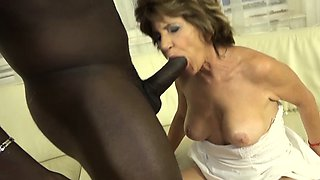 Grandma hairy pussy masturbates fucks black man cock