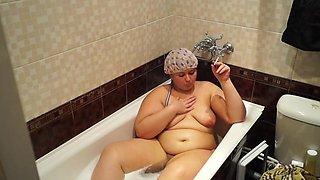 bbw smokes in the bathroom