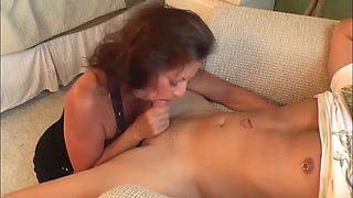 Drunk wife want husband dick to overcome hangover