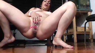 The Huge Squirt Jet Latina