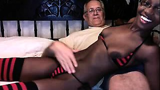 Webcam Young Ebony With Tight Body Teasing