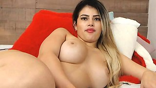 Big Tits Loves Sucking Dildo And Playing Her Pussy