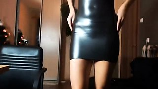 Mature slave in latex