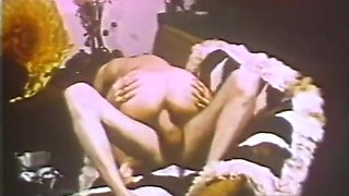 John Holmes Pounds Sexy MILF - Classic X Collection