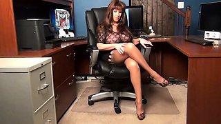 Sexetary Teases the Boss
