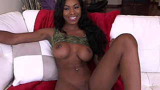 Nadia Jay Lavishes Her Guy With Her Treasures