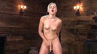 anal machine fucking and squirting