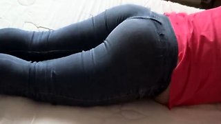 SPYING ON MY WIFE AND MILK IN HER ASS - LECHE EN CULO