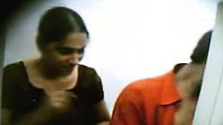 Indian College Teen Fucked In Cyber Cafe Filmed By Hidden