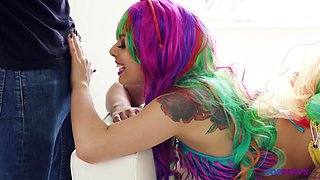 Bright looking tattooed blowlerina Gina Valentina finds it awesome to ride dick