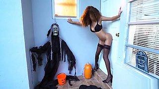 Halloween Glory hole for Black Hottie