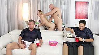 Teen gets pussy fucked