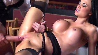 Godlike brunette English Jasmine Jae is fucking in ass
