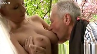 She Is A Real Blond Hottie But He Is More Interested In His