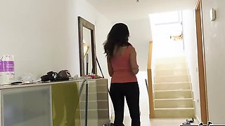 Alyssia Kent - Brunette Took Off Her Clothes And Agreed To The Spanking In The First