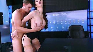 Brazzers - Kendall Karson - Big Tits at Work mincum