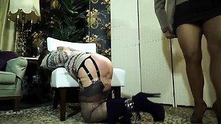 Amateur brunette babe in lingerie gets trained in bondage