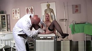 Patient jizzed by doctor