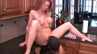 HAWT HOUSEWIFE SCREWED IN THE KITCHEN : JANET MASON