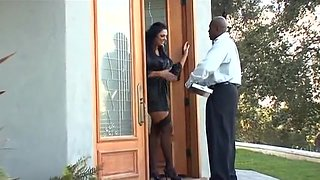 Big, Sexy Tits Angela Aspen gets pleasured by a huge black cock
