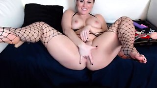 Sexy redheaded Chrissy with great tits and ass gets an orgas
