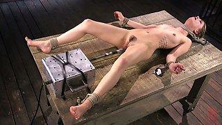 Professional porn actress Kristen Scott is testing new vibrator and fucking machine