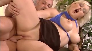 Stout dude gets this girl's tits jiggling