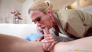 Sarah Jessie gets her pussy pounded by hairless dude in many different ways