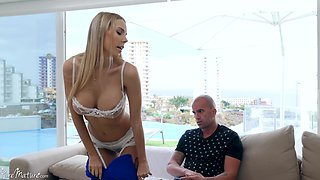 Florane Russell wears sexy lingerie for seducing and fucking with a stranger