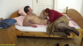 Chubby ugly 7 old mom first creampie