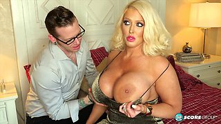 Alura Jenson's first anal scene in two years - 40SomethingMag