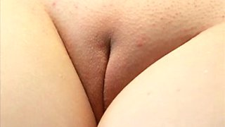 My plump girlfriend loves when I fuck her oiled up slit