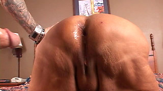 Horny old bitch gets it up the ass