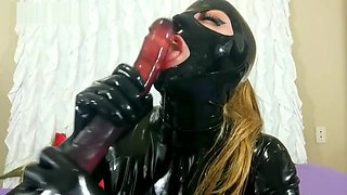 Latex Gagging, Throat Bulge, Deepthroat, Face Fuck, Red Eyes & Tears