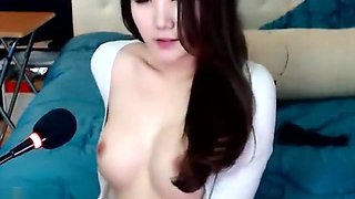 Korean BJ Neat is a sexy kitty