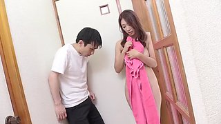 Hot japonese mother in law in a affair