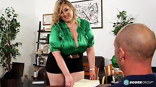 Amiee Roberts The BBW office pervert