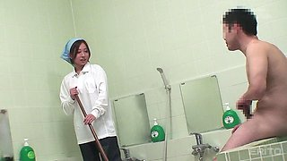 Japanese cleaning lady fucked in the bathroom by a dirty guy