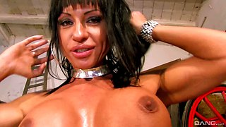 Daniela de Castro likes to ride a dick while her big tits bounce