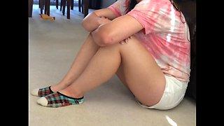 Niece creamy thighs