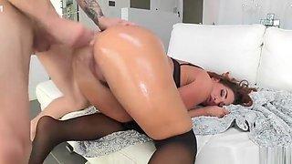 Amateur porn video featuring Savannah Fox and Chris Strokes