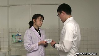 Lewd Japanese hottie Sayaka Aishiro provides doctor with a good blowjob