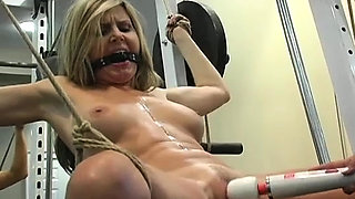 Gals who play it lesbo are so sexy when having sex