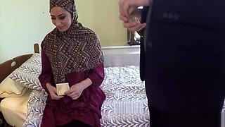 Arabic beauty tastes warm jizz for cash