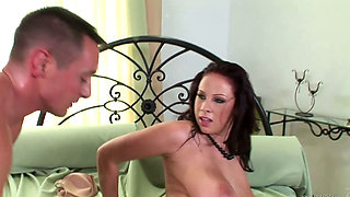 Gianna Michaels Has A Very Hot Body Shagging A Thick Cock