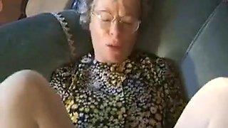 Deutsch Oma braucht eine tägliche Dosis von Cum