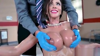 (Ariella Ferrera) Slut Patient And Doctor Bang Hard In Sex Adverntures Scene movie-07