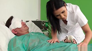 Nurse Does Sixty-nine With the Patient