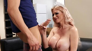 Buxom MILF shows guy how she loves big cocks in mouth and twat