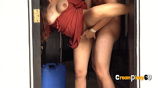 Cheating Pinay Housewife Gets Fucked by Water Delivery Boy